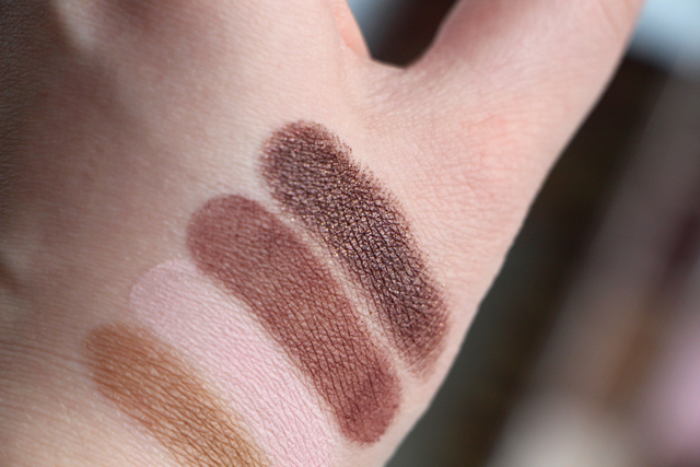 Too Faced - Chocolate Bar - Swatch Lodoesmakeup 3