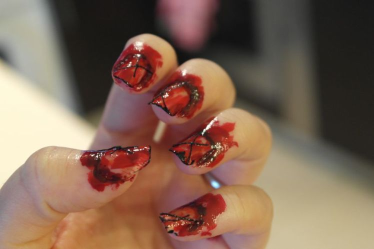 Halloween - ongles arrachés - stitched nails - tutoriel facile P