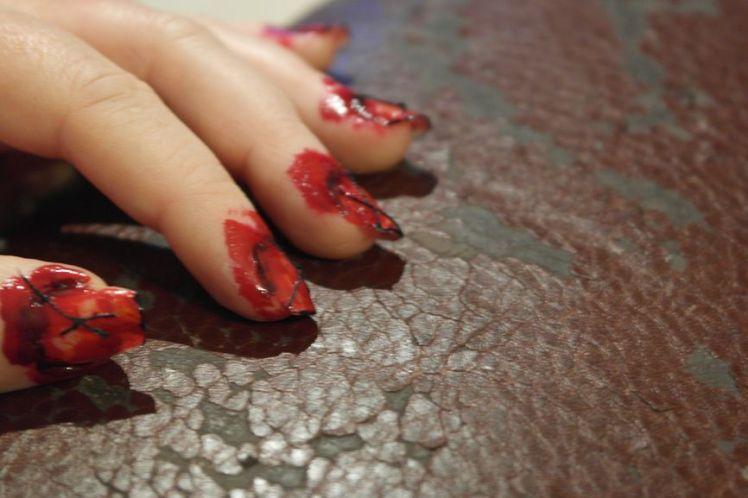 Halloween - ongles arrachés - stitched nails - tutoriel facile R