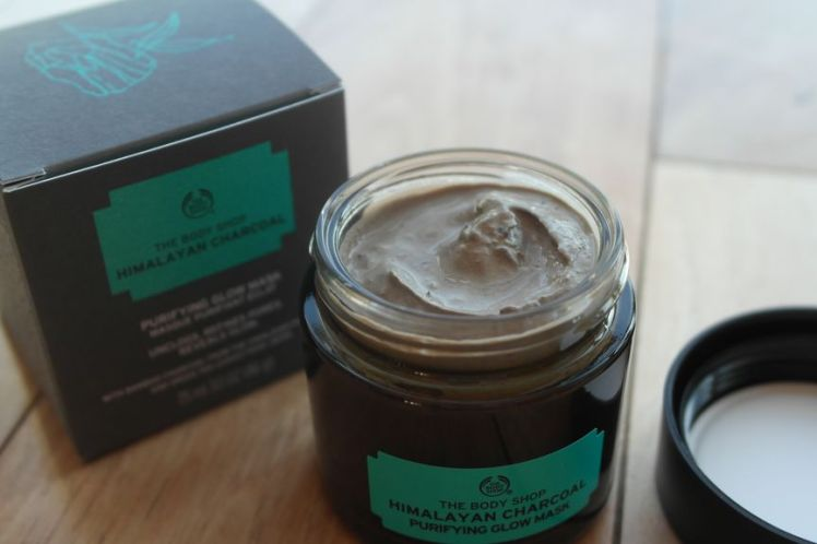 The Body Shop mask - Himalayan Charcoal purifying glow B