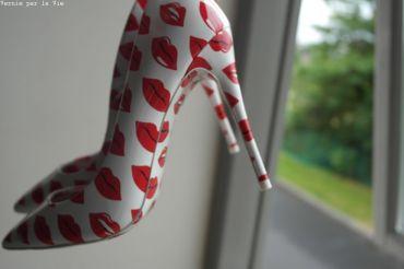 Escarpins bisous rouge a levres Aldo rouge blanc (11)