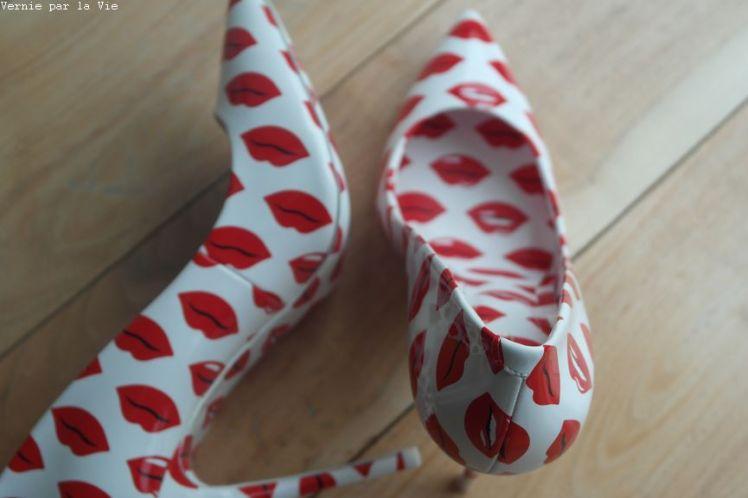 Escarpins bisous rouge a levres Aldo rouge blanc (8)