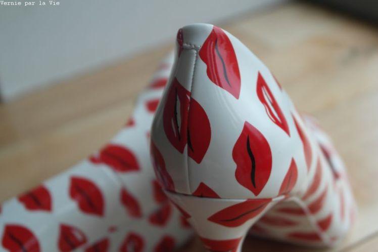 Escarpins bisous rouge a levres Aldo rouge blanc (9)